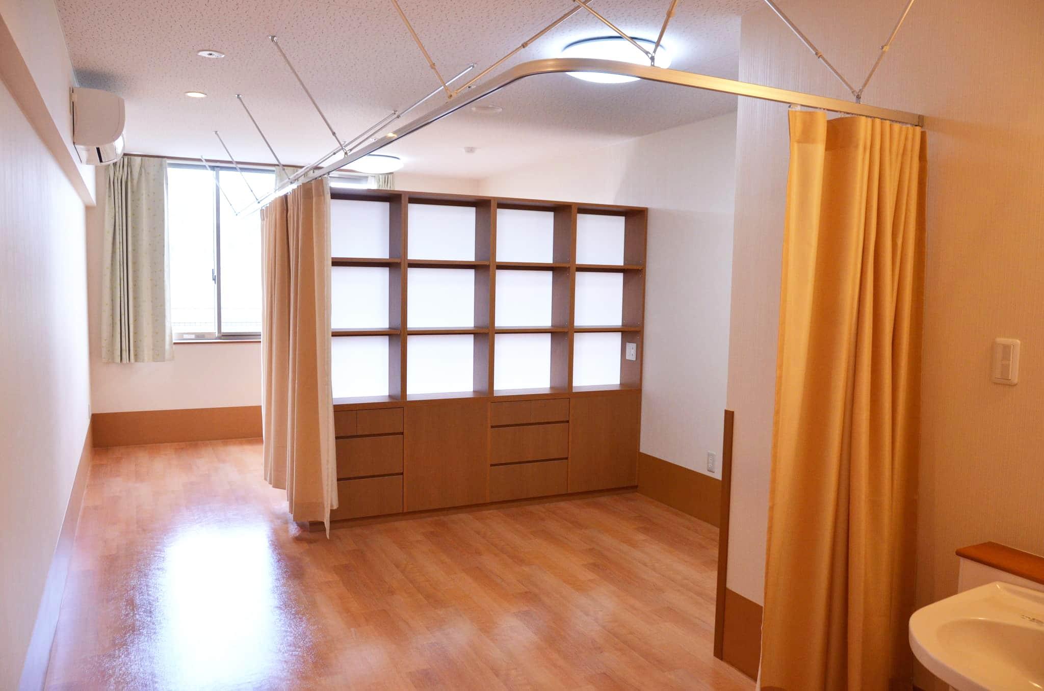 2F / 居室(二人部屋)
